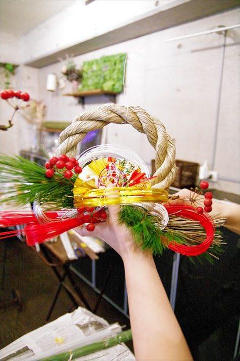 手作りのしめ縄飾り・水引リースを作ります